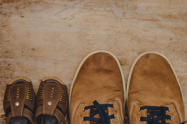 top-view-of-father-s-day-composition-with-shoes_23-2147683506